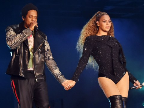Beyonce and Jay Z pay a moving tribute to the Grenfell victims during their London show