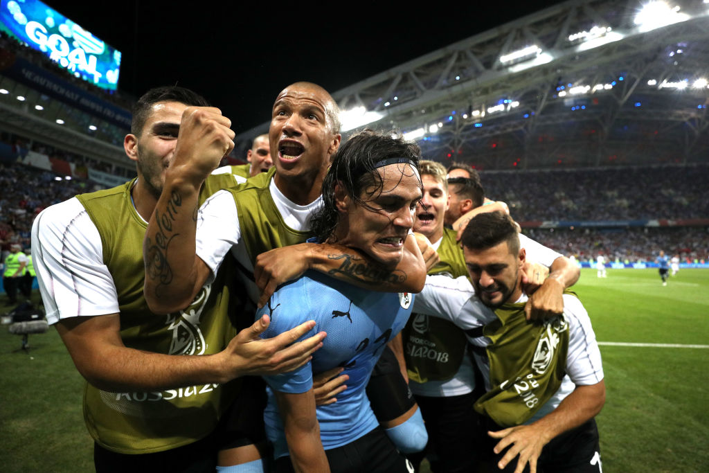Clinical Edinson Cavani shatters Cristiano Ronaldo's World Cup dream