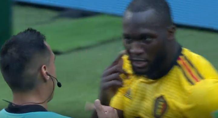 Manchester United star Romelu Lukaku tells referee NOT to award Belgium a penalty vs Tunisia