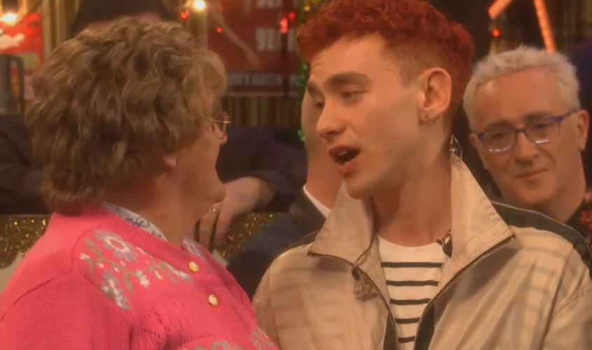 Olly Alexander is completely precious as he serenades Mrs Brown