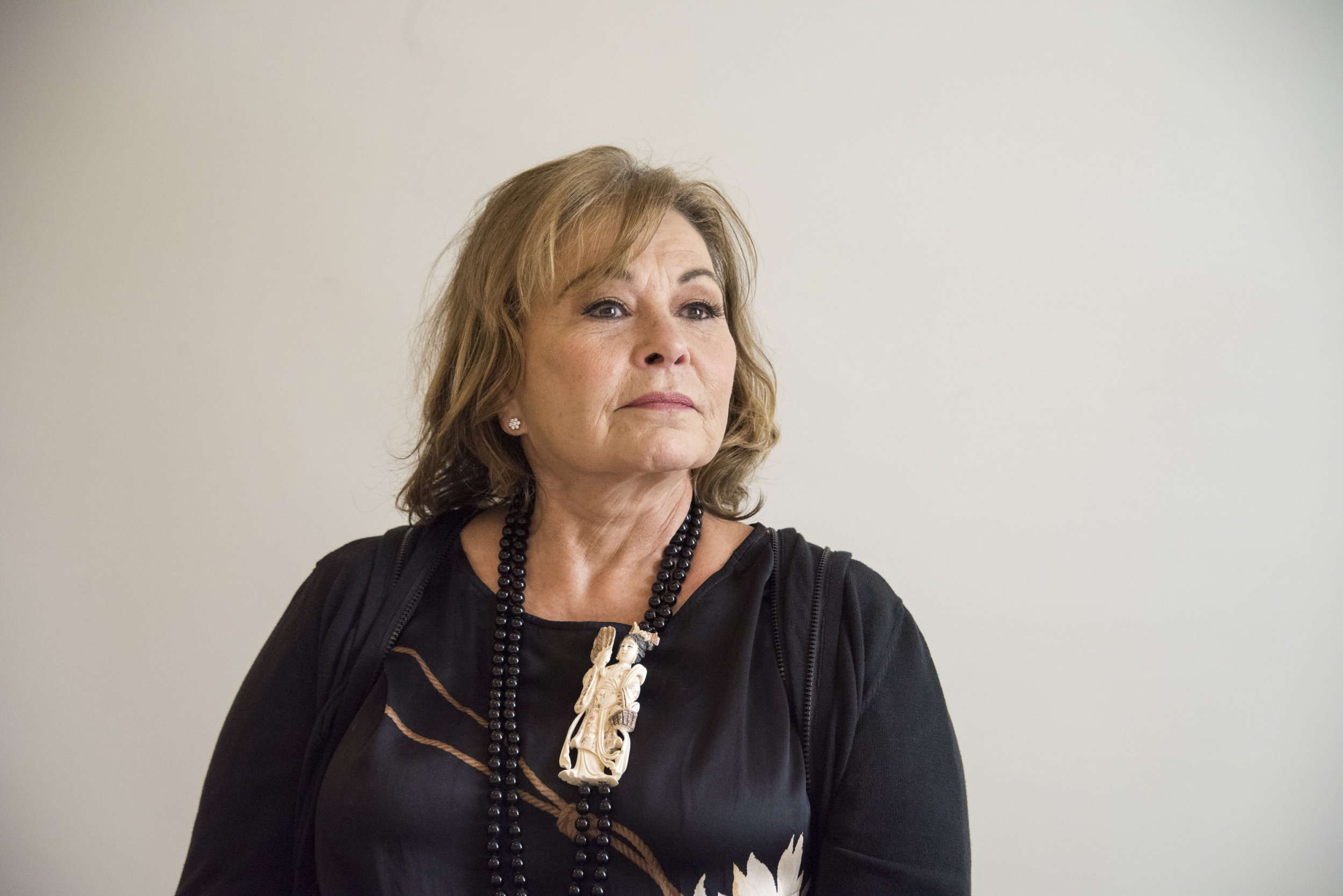 Roseanne Barr won't be censored for live podcast in first performance despite racism scandal