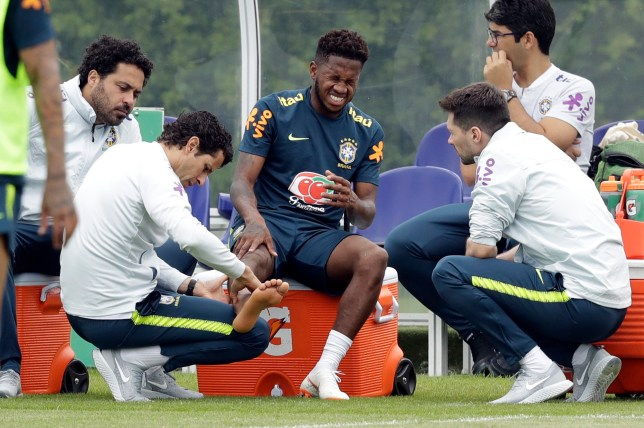 d23b15cec Manchester United news  Fred leaves Brazil training session with ...