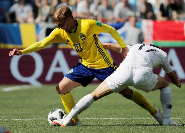 FILE PHOTO: Soccer Football - World Cup - Group F - Sweden vs South Korea - Nizhny Novgorod Stadium, Nizhny Novgorod, Russia - June 18, 2018 Sweden's Emil Forsberg in action with South Korea's Lee Jae-sung REUTERS/Carlos Barria/File Photo