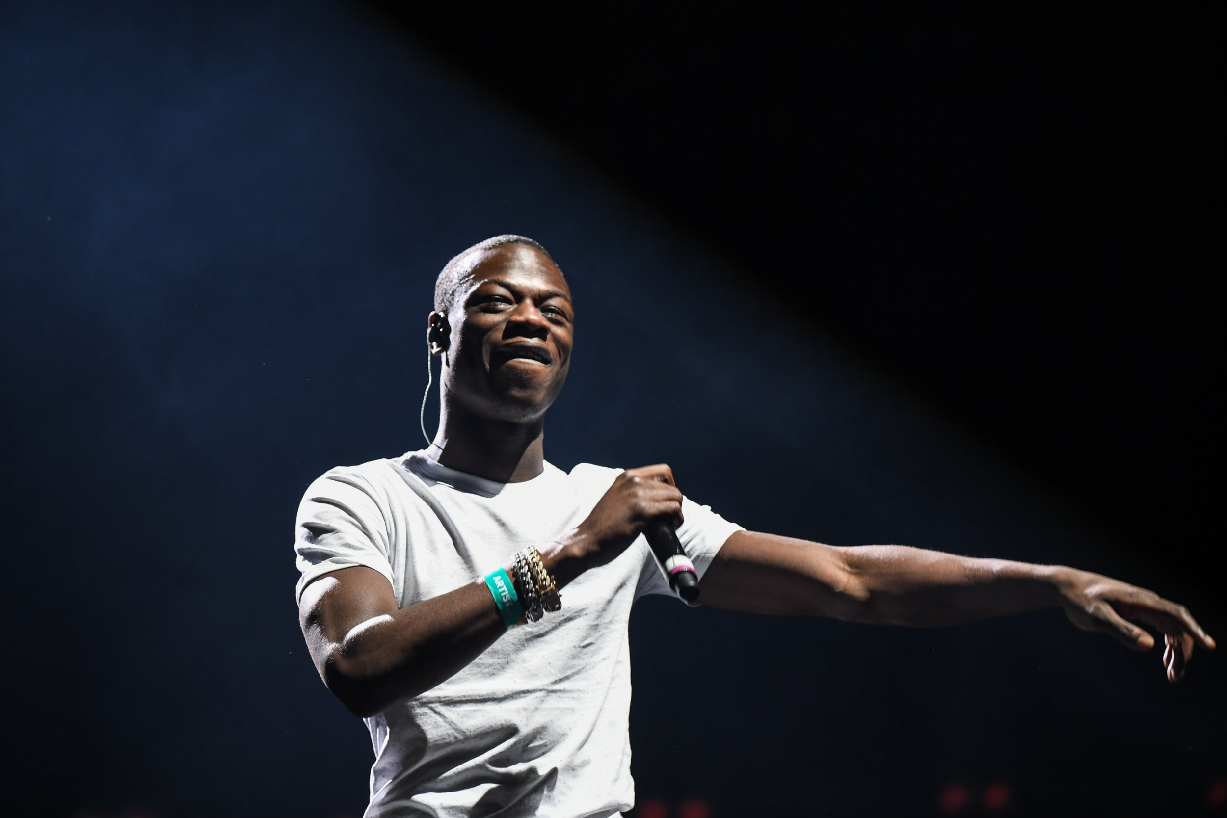 J Hus apologises as he's replaced on Wireless lineup following weapons arrest