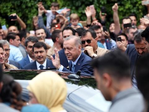 Erdogan takes commanding lead in Turkish presidential election
