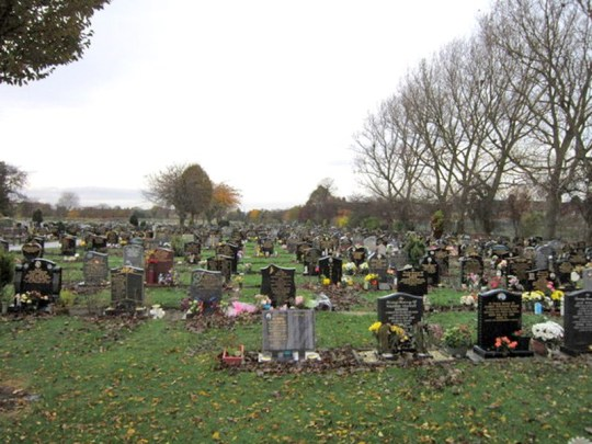 Kay Caley says she is too scared to visit her husbnad's grave at Eastern Cemetery in Preston Road, Hull (Picture: Geograph.co.uk)
