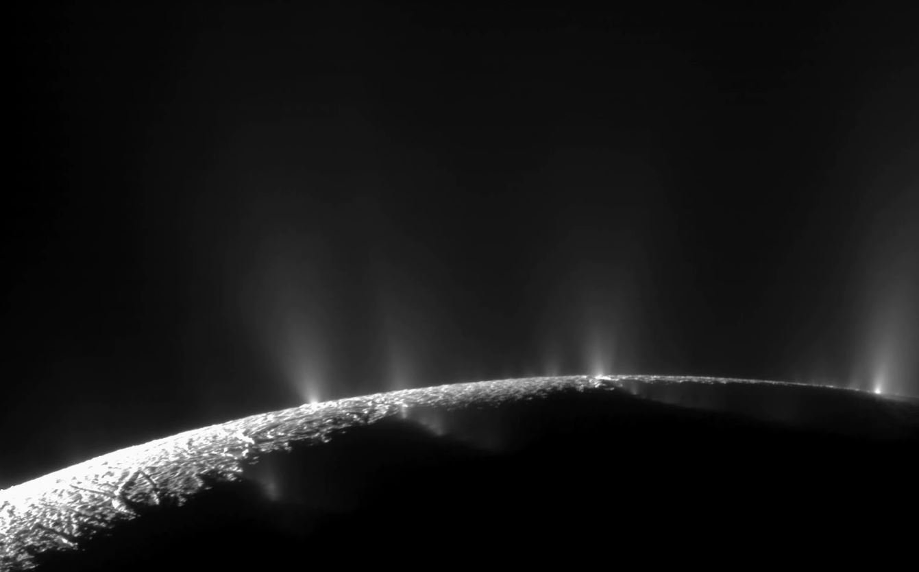 Alien lifeforms could be lurking in an ocean on Saturn's 'water world' moon
