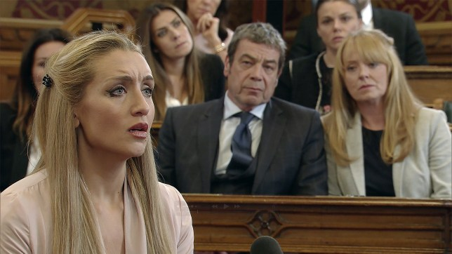 Eva speaks up for Aidan in Coronation Street