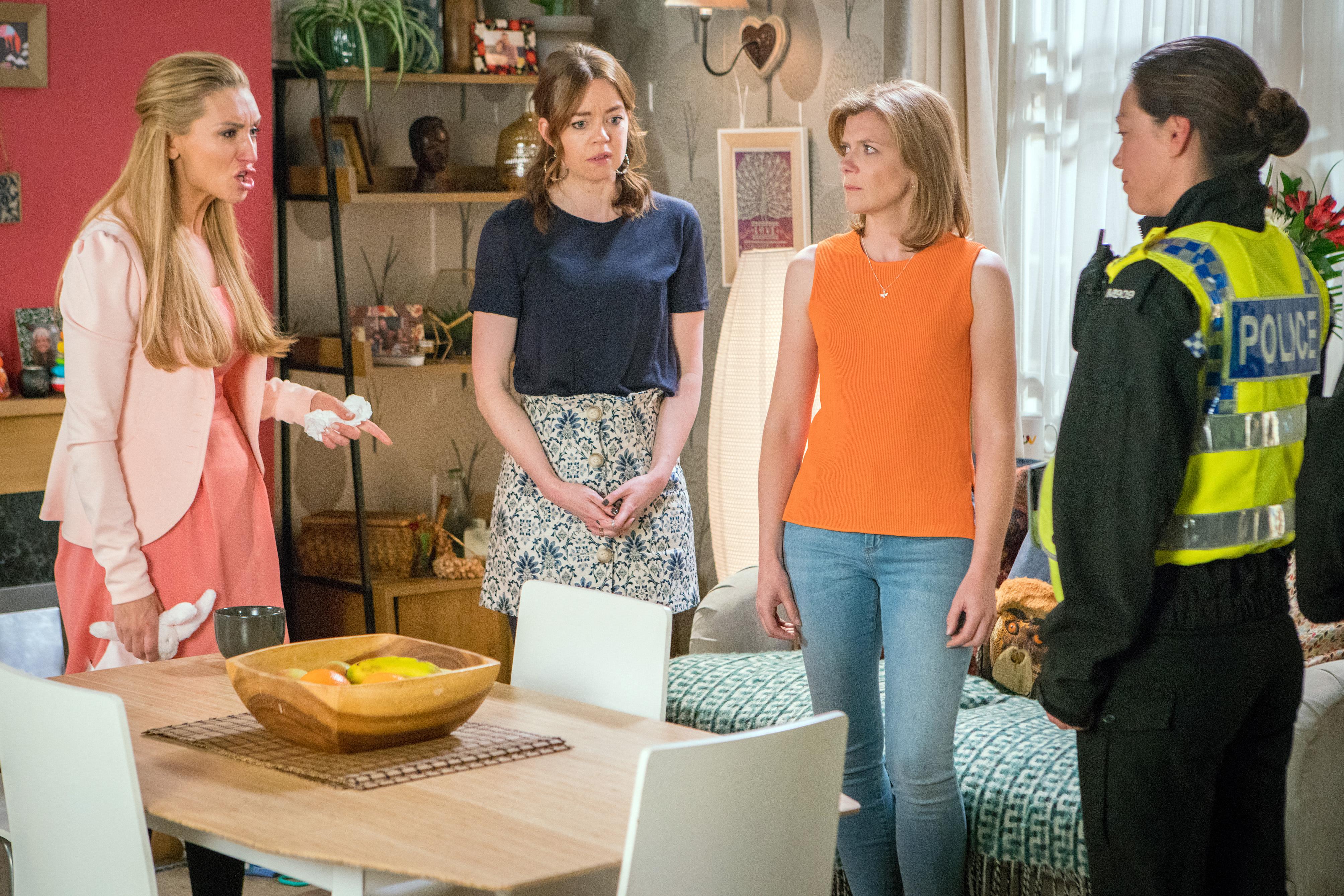 Coronation Street spoilers: Liz tracks down Johnny and baby Susie