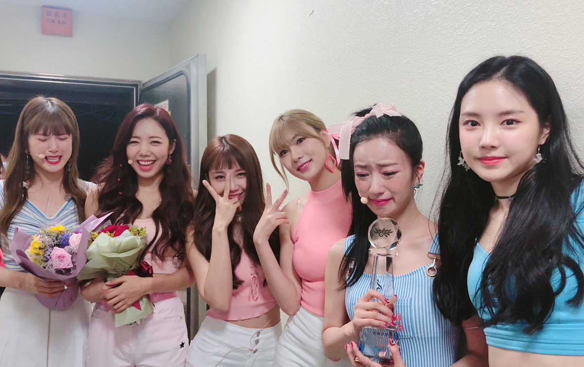 Apink's I'm So Sick wins for third time on Music Bank