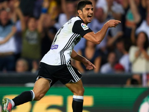 Arsenal ask Paris Saint-Germain if Goncalo Guedes is up for transfer