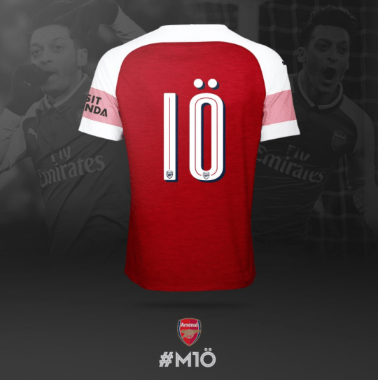 online store 920c9 41c7d Arsenal news: Mesut Ozil reacts to being given No.10 shirt ...