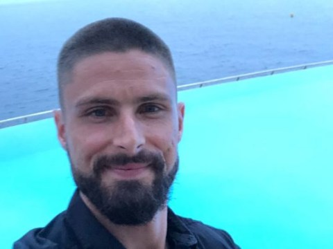 Olivier Giroud keeps promise by shaving his head after France's World Cup win
