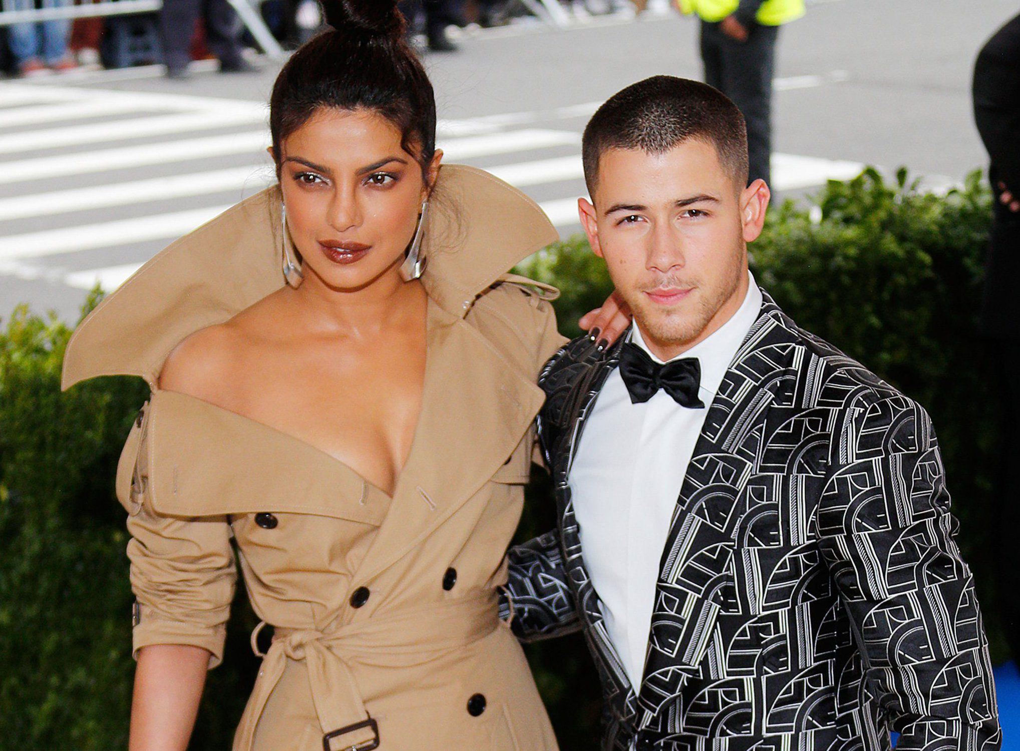 NEW YORK, NY - MAY 01: Priyanka Chopra and Nick Jonas attend 'Rei Kawakubo/Comme des Gar??ons:Art of the In-Between' Costume Institute Gala at Metropolitan Museum of Art on May 1, 2017 in New York City. (Photo by Jackson Lee/FilmMagic)