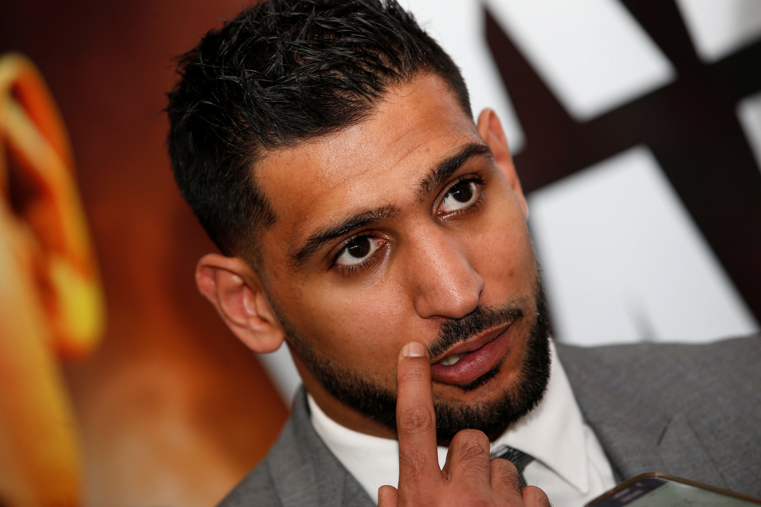 Amir Khan warns Kell Brook he will not wait around for domestic showdown