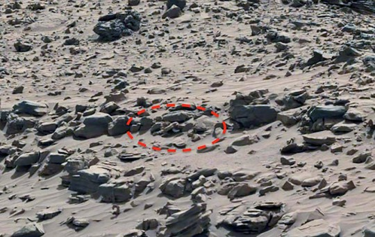 UFO hunter says 'penis area of Mars statue' is hiding a strange secret Picture: Neville Thompson Facebook Collect METROGRAB ASKED PERMISSION FROM SOURCE ref: http://www.gigapan.com/gigapans/160525 REF EDIT: http://www.ufosightingsdaily.com/2018/07/dead-alien-found-on-mars-with-fungus.html