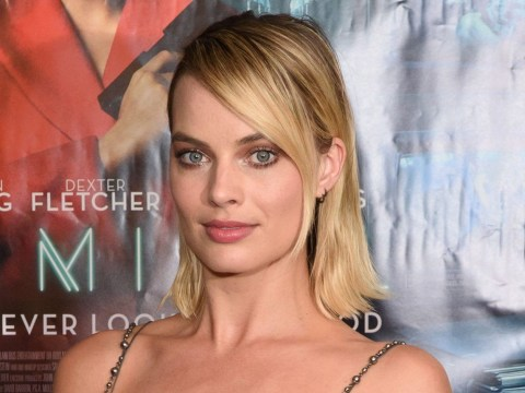 Margot Robbie 'sucked' at Thanksgiving dinner last year so she's banned from the kitchen