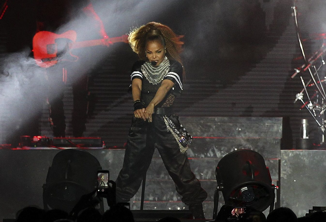 Janet Jackson puts aside grief over dad who died of cancer for crowd pleasing gig