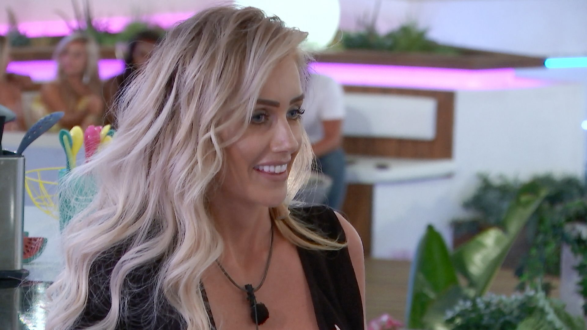 From ITV Studios Love Island: SR4: Ep37 on ITV2 Pictured: Laura is excited about the new boys. This photograph is (C) ITV Plc and can only be reproduced for editorial purposes directly in connection with the programme or event mentioned above, or ITV plc. Once made available by ITV plc Picture Desk, this photograph can be reproduced once only up until the transmission [TX] date and no reproduction fee will be charged. Any subsequent usage may incur a fee. This photograph must not be manipulated [excluding basic cropping] in a manner which alters the visual appearance of the person photographed deemed detrimental or inappropriate by ITV plc Picture Desk. This photograph must not be syndicated to any other company, publication or website, or permanently archived, without the express written permission of ITV Plc Picture Desk. Full Terms and conditions are available on the website www.itvpictures.co.uk For further information please contact: james.hilder@itv.com / 0207 157 3052