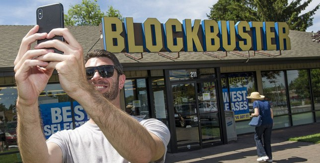 6115a6926b27 There s just one Blockbuster store left in America