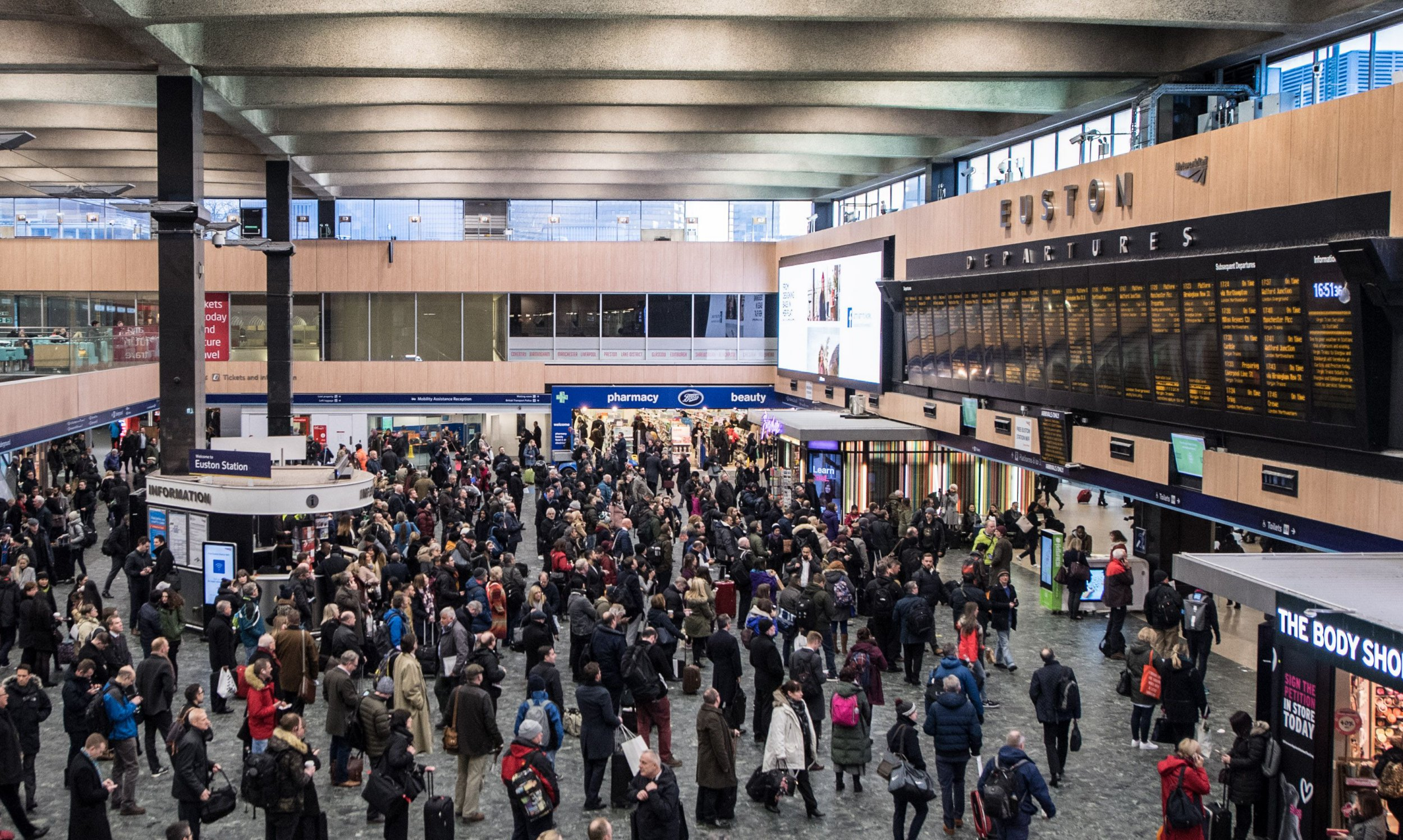 People told to avoid London while Euston station is shut for three weekends