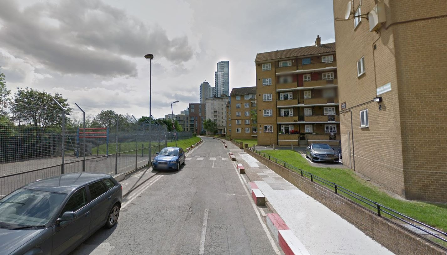 Newnton Close in Haringey. Police were called at 19:50hrs on Sunday, 22 July to Newnton Close in Haringey following an attempted knife-point robbery.