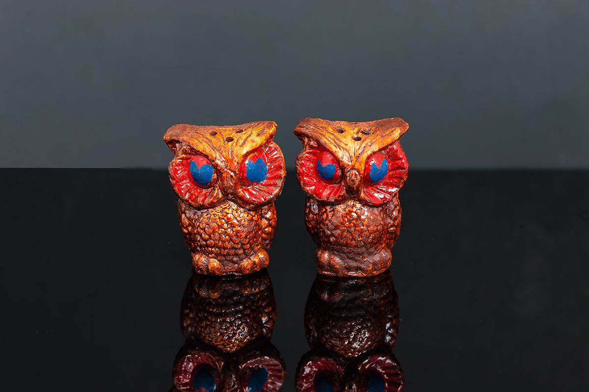 One couple was given a set of brown china owl salt and pepper shakers that were a lot worse than these ones fromt he archives - but no photos exist (we wonder why) (Picture: Shutterstock)