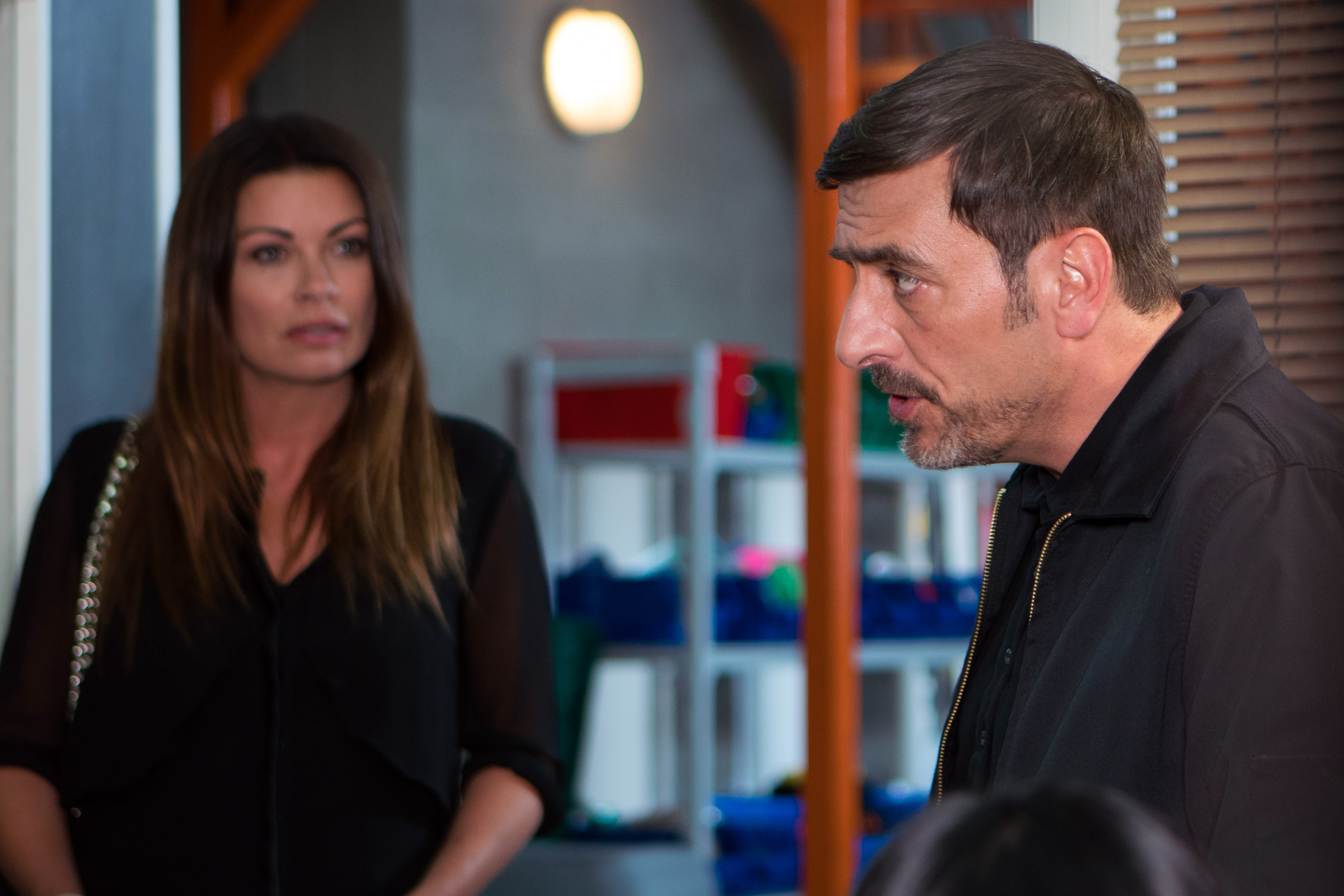Peter and Carla talk in Coronation Street