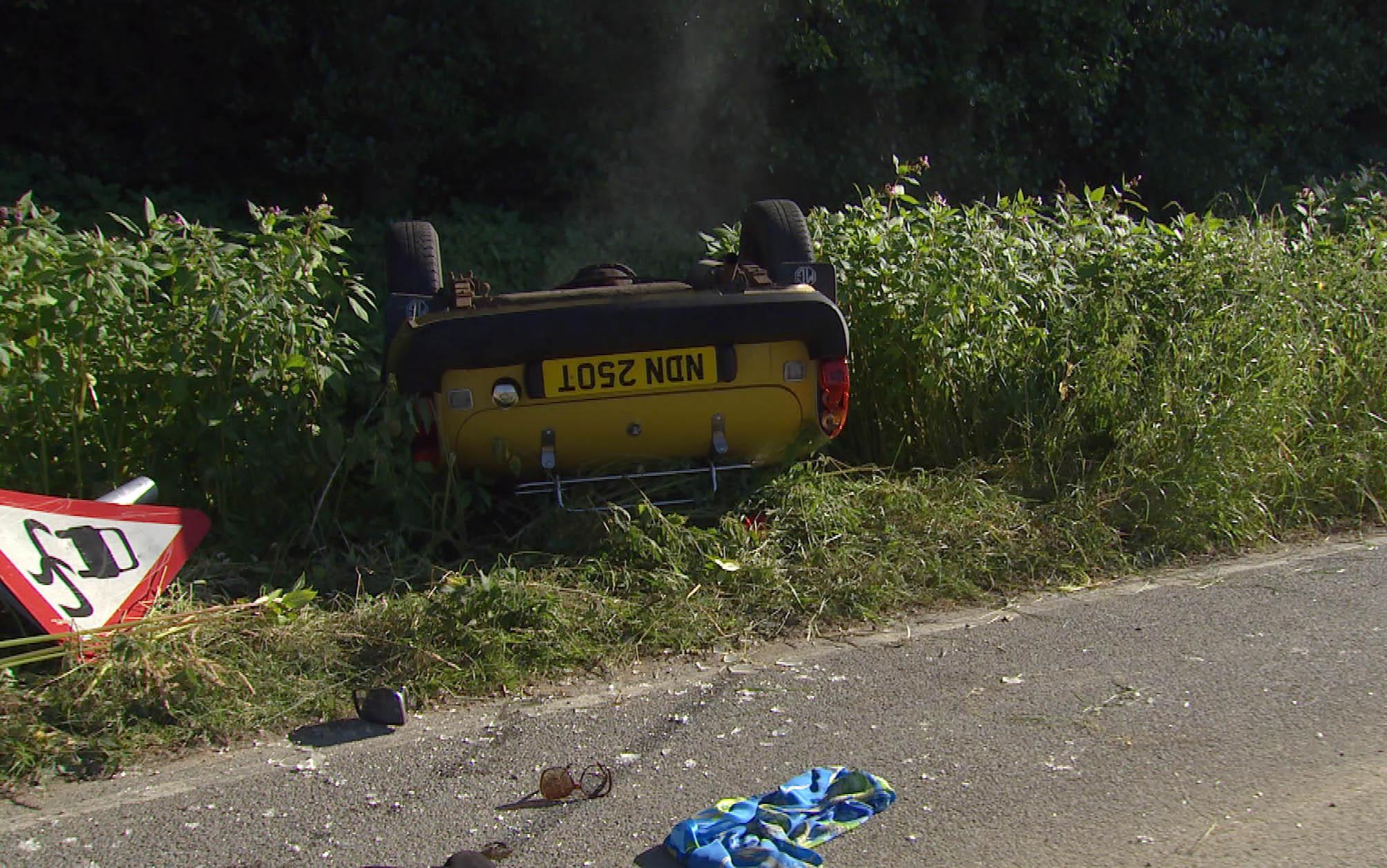 Megan and Frank crash in Emmerdale