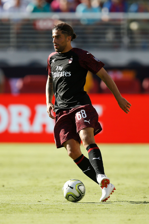 Arsenal consider late transfer move for AC Milan star Ricardo Rodriguez
