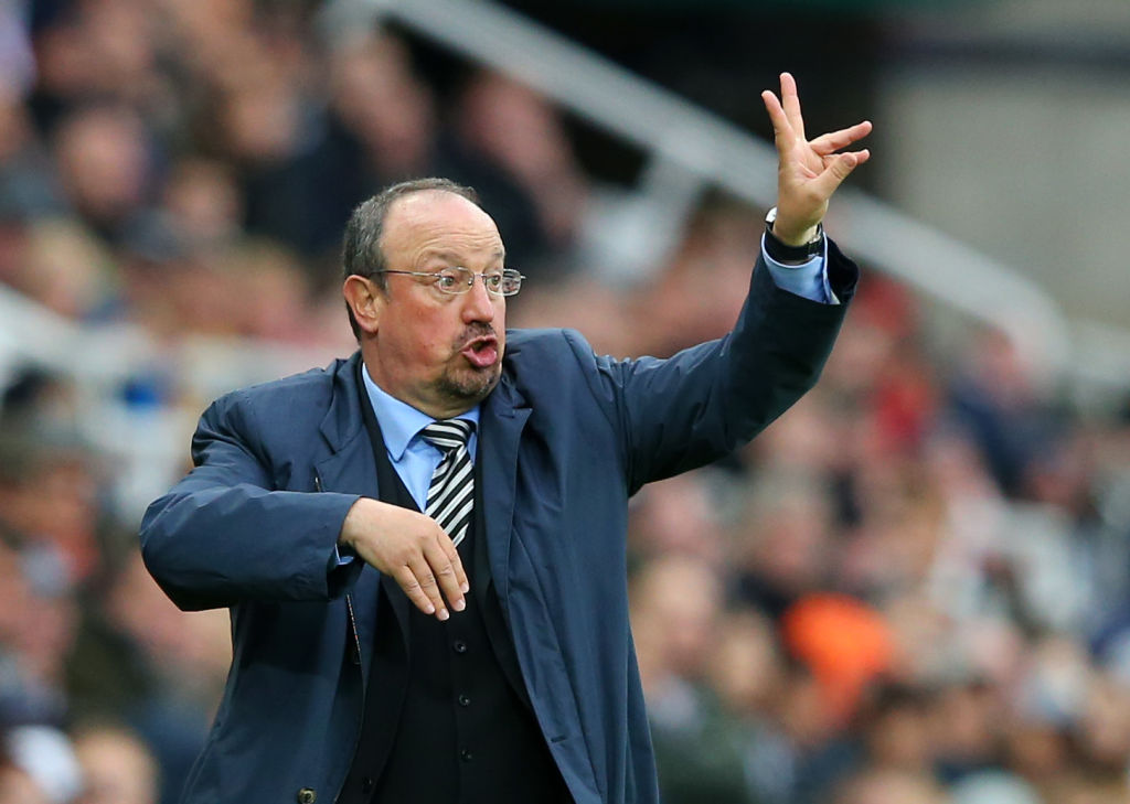 Rafa Benitez hits back at Liverpool legends after Chelsea defeat