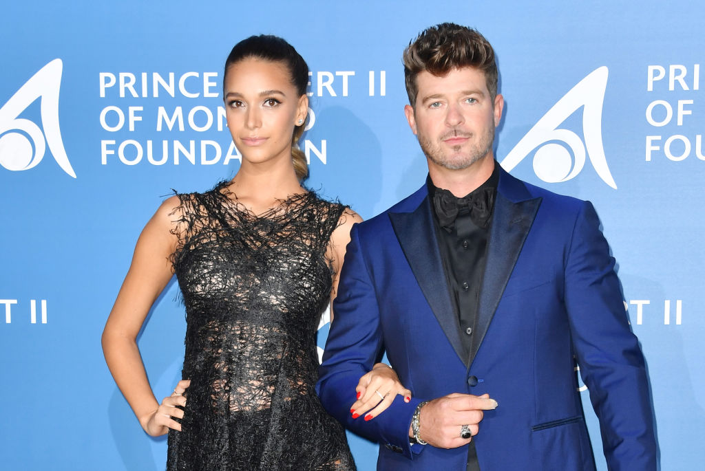 Who is robin thicke dating 2020