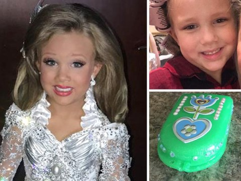 Pageant mom buys daughter, 6, false teeth so she can compete with the perfect smile