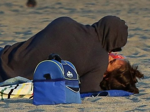 Katie Holmes and Jamie Foxx kiss in public for first time on romantic beach date