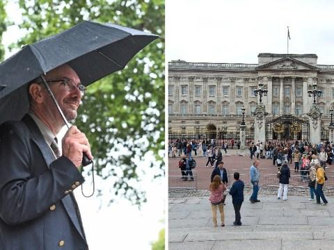 Pervert who filmed up women's skirts near Buckingham Palace spared jail