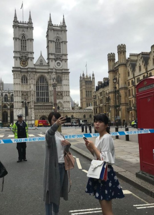 Westminster crash selfie. MUST credit Emily as a BuzzFeed News reporter