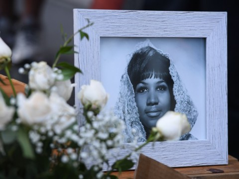 Fans will be able to say goodbye to Aretha Franklin as two public viewings are announced