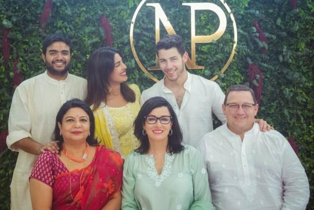 Joe Jonas And Sophie Turner Welcome Engaged Priyanka Chopra Into The Family Metro News