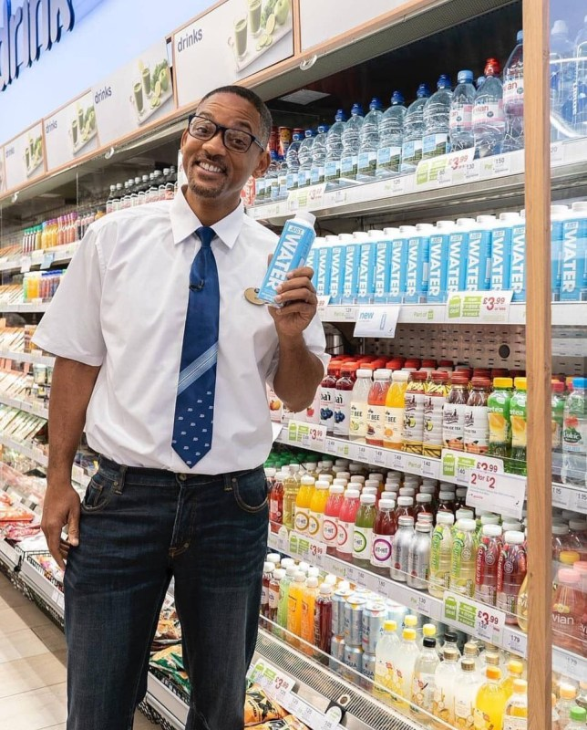 METRO GRAB VIA TWITTER Will Smith is selling bottled water at Boots Westfield in London