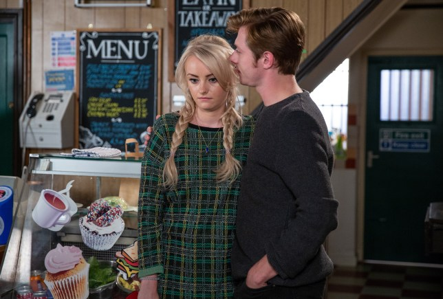 Sinead hides the truth in Coronation Street