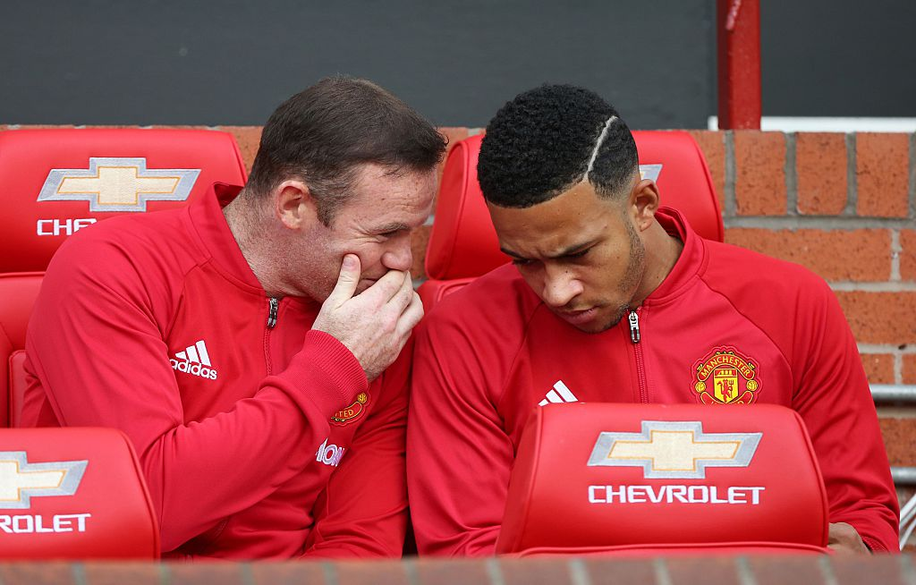 Memphis Depay fires back at Wayne Rooney after criticism aimed at former Manchester United star
