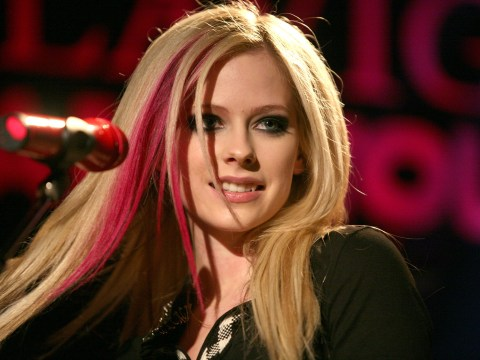 Avril Lavigne had 'accepted death and could feel her body shutting down' during battle with Lyme Disease
