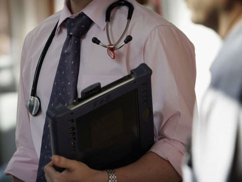 Senior NHS doctors from ethnic minorities are paid less than their white colleagues