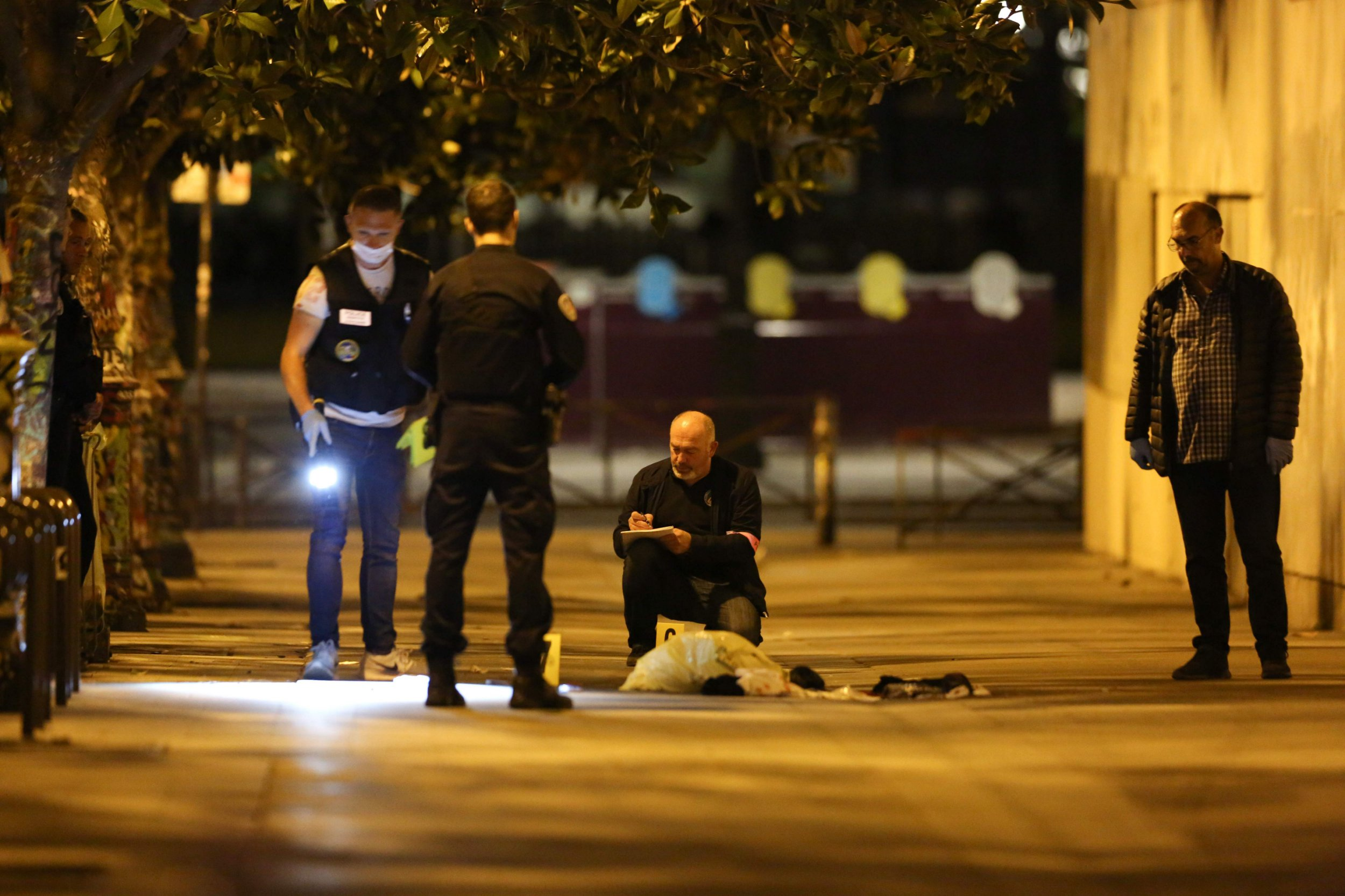CORRECTION - French police is investigating on the scene where a man attacked and injured people with a knife in the streets of Paris in the 19th arrondissement on September 9, 2018. - Seven people including two British tourists were wounded Sunday in Paris after they were attacked by a man armed with a knife and an iron bar, according to police and other sources. (Photo by Zakaria ABDELKAFI / AFP) / The erroneous mention[s] appearing in the metadata of this photo by Zakaria ABDELKAFI has been modified in AFP systems in the following manner: [September 9, 2018] instead of [September 9, 2019]. Please immediately remove the erroneous mention[s] from all your online services and delete it (them) from your servers. If you have been authorized by AFP to distribute it (them) to third parties, please ensure that the same actions are carried out by them. Failure to promptly comply with these instructions will entail liability on your part for any continued or post notification usage. Therefore we thank you very much for all your attention and prompt action. We are sorry for the inconvenience this notification may cause and remain at your disposal for any further information you may require.ZAKARIA ABDELKAFI/AFP/Getty Images