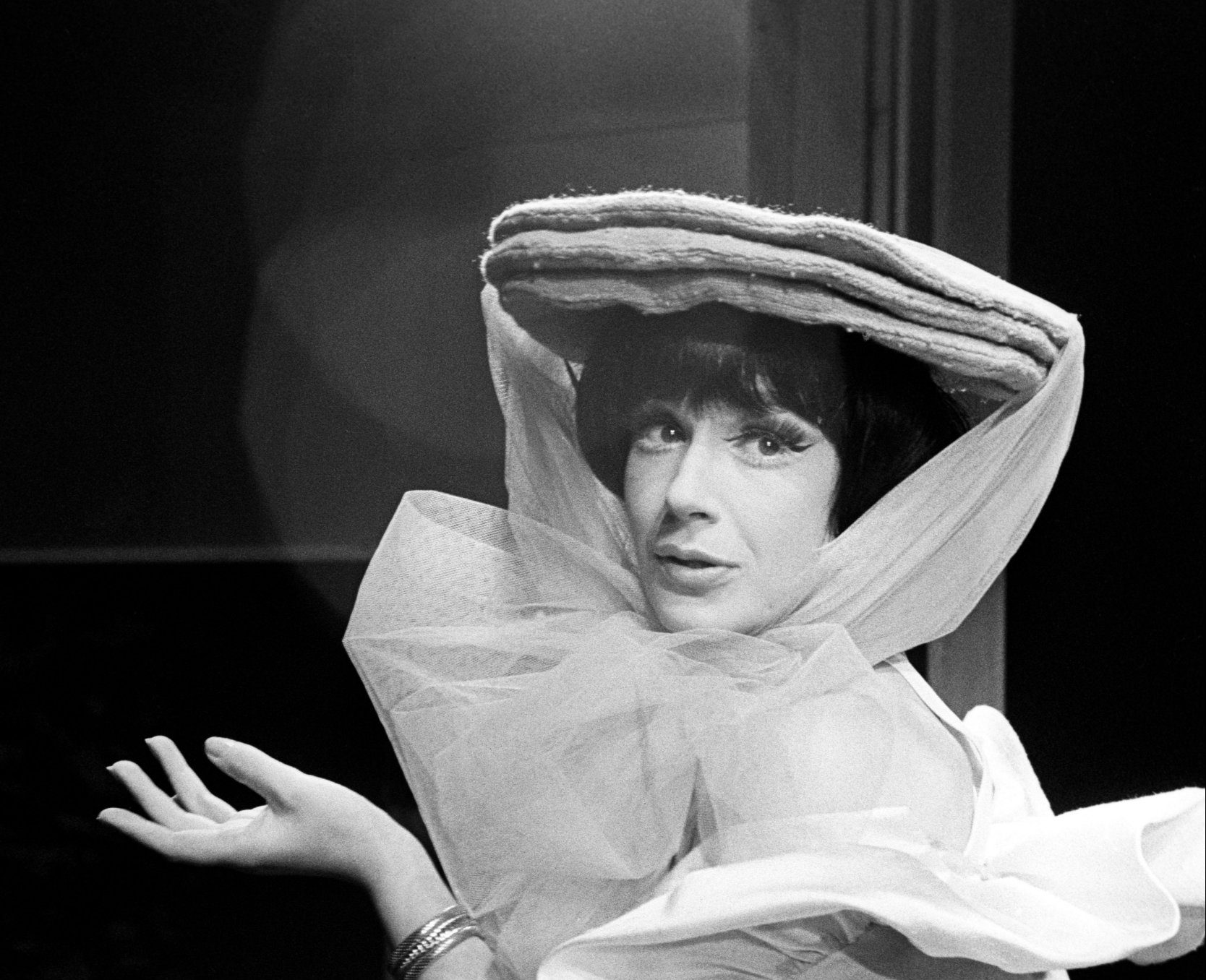 File photo dated 16/09/1963 of Fenella Fielding in costume during a rehearsal for her musical show So Much to Remember at the Vaudeville Theatre, London. The former Carry On actress has died aged 90, a spokeswoman said. PRESS ASSOCIATION Photo. Issue date: Tuesday September 11, 2018. See PA story DEATH Fielding. Photo credit should read: PA Wire