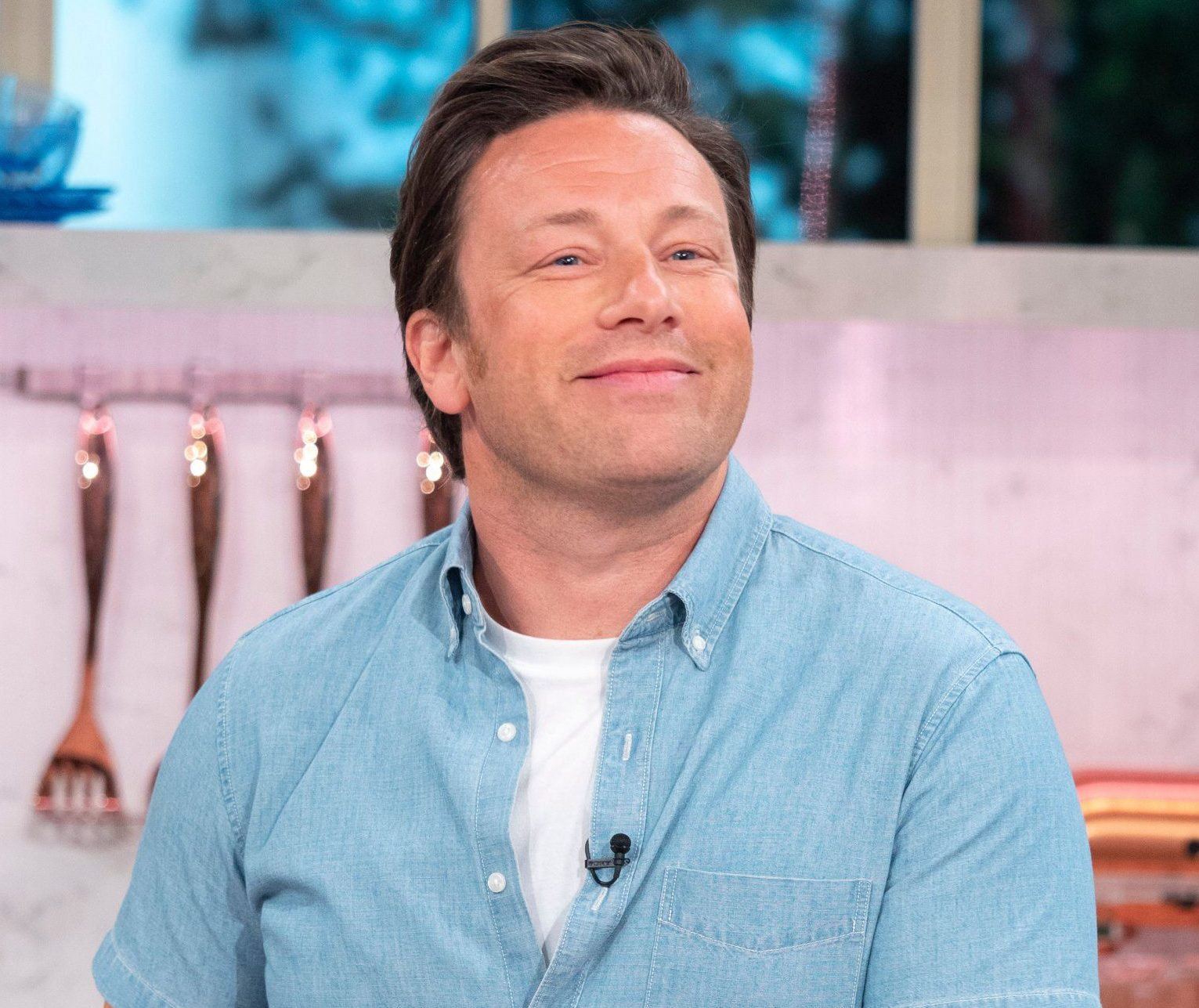 EDITORIAL USE ONLY. NO MERCHANDISING. Mandatory Credit: Photo by Ken McKay/ITV/REX/Shutterstock (9691101cx) Jamie Oliver 'This Morning' TV show, London, UK - 23 May 2018