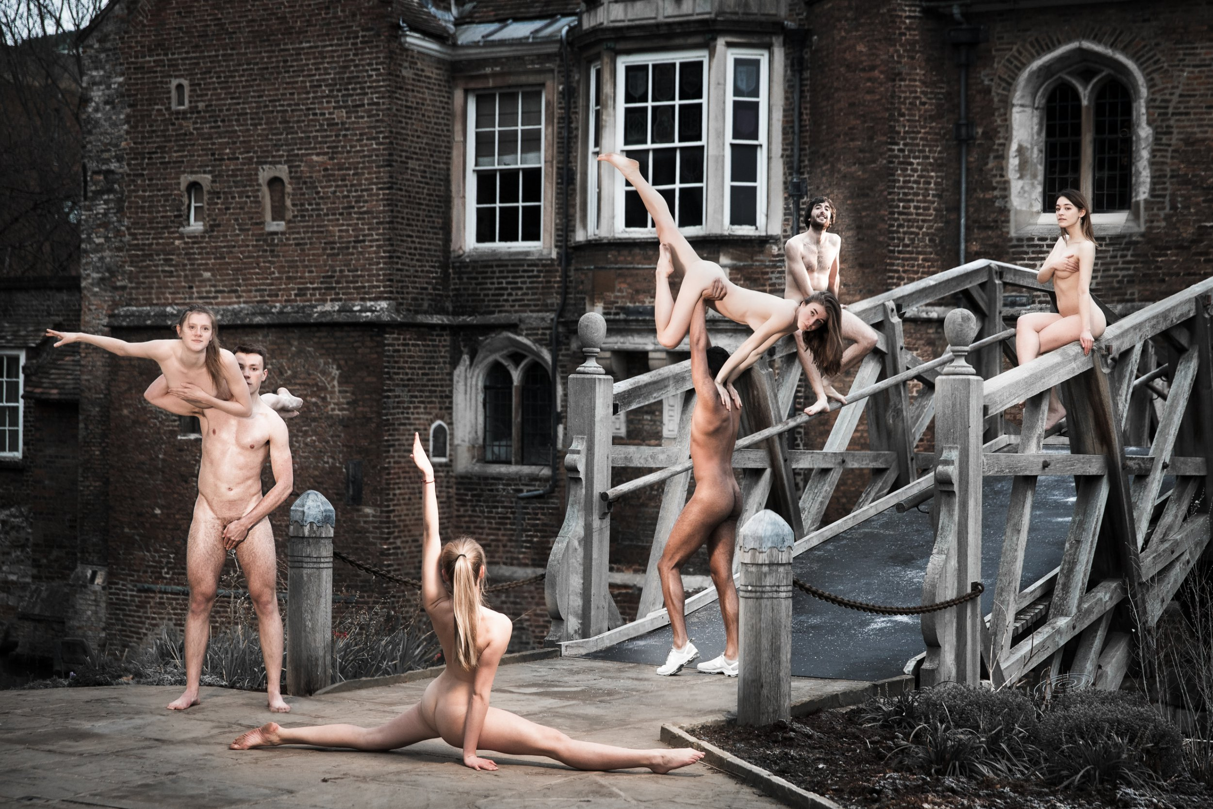 Cambridge University students strip down naked to raise money for charity