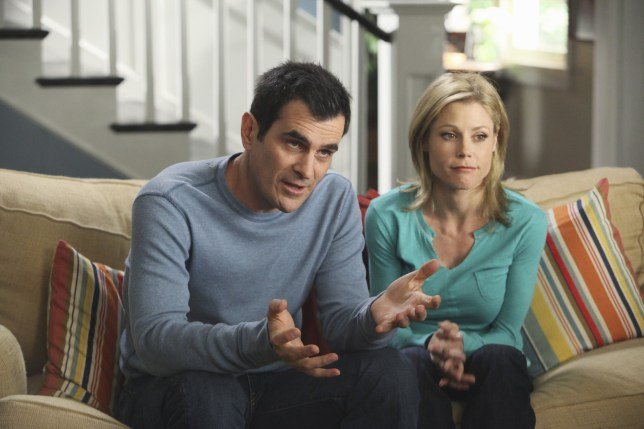 No Merchandising. Editorial Use Only. No Book Cover Usage. Mandatory Credit: Photo by Danny Feld/ABC-TV/Kobal/REX/Shutterstock (5886190ch) Ty Burrell, Julie Bowen Modern Family - 2009 ABC-TV USA Television