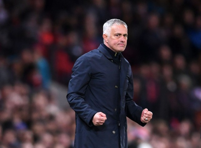 231bbdab2 Jose Mourinho requests public vote of confidence from Manchester United  board