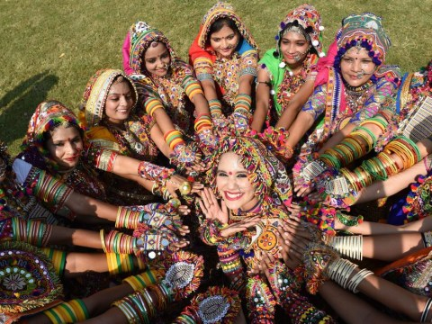 Navratri Colours for the 2018 celebration dates – how and why they are chosen
